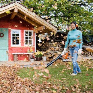 Leaf Blowers and Vacuum Shredders